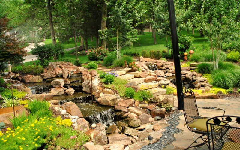 Dual water features by Breaking Ground