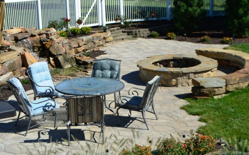 Outdoor space by Breaking Ground.