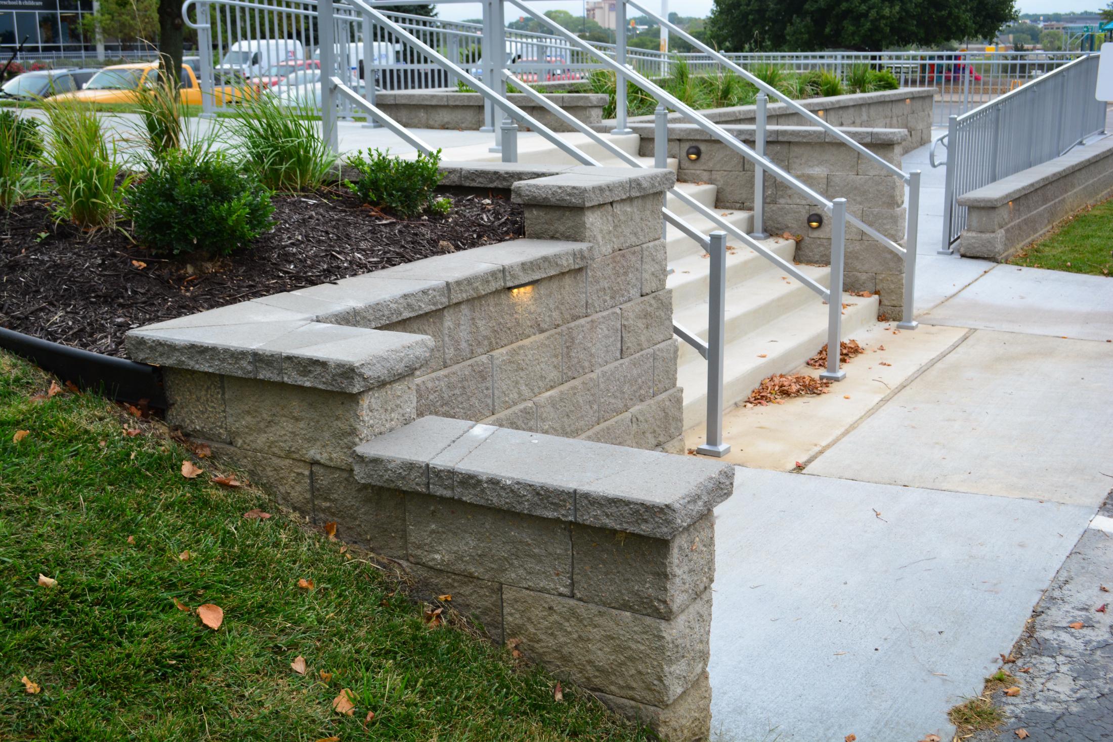 Access-ramp-side