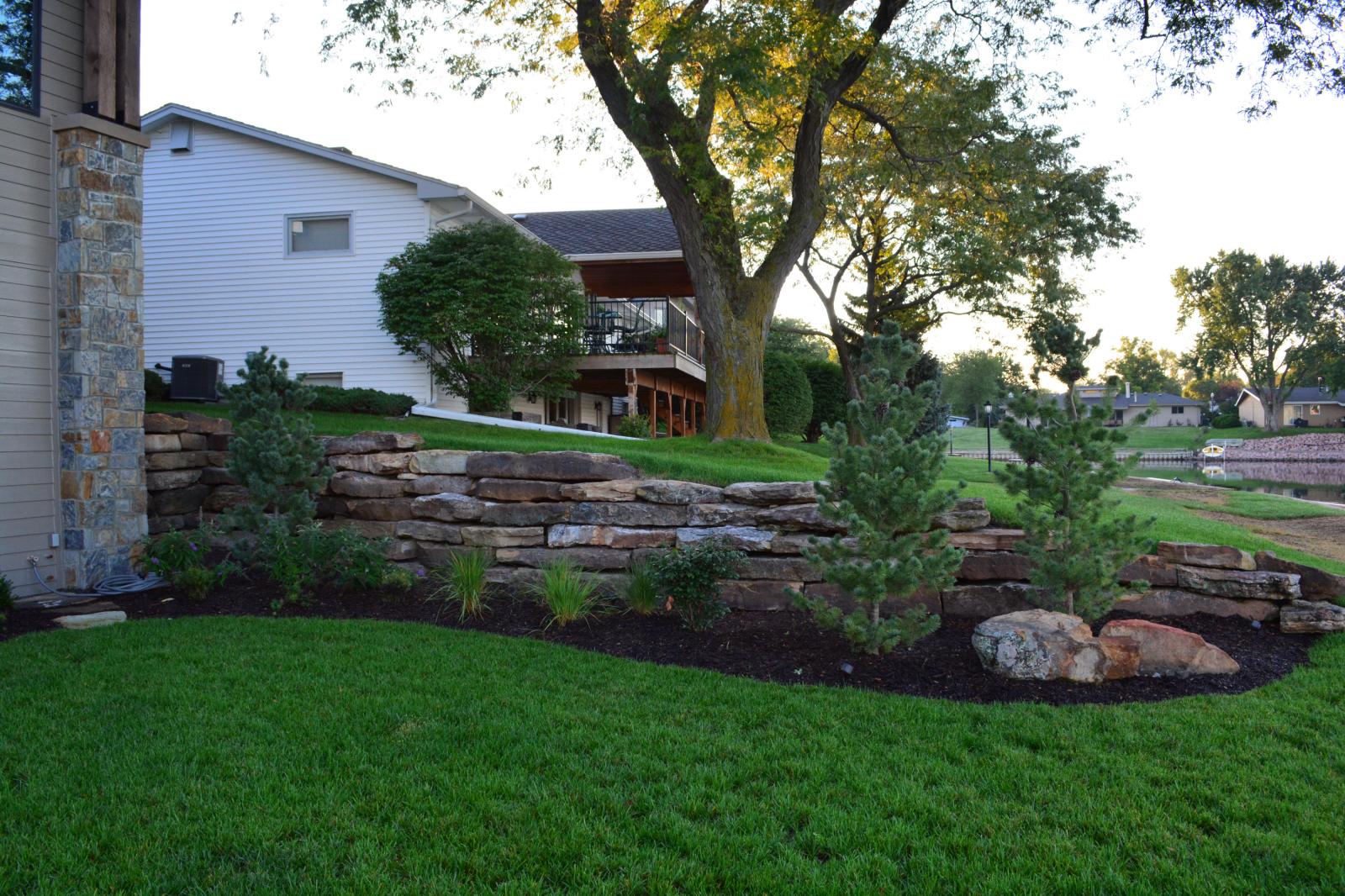 Moss-rock-retaining-wall-6