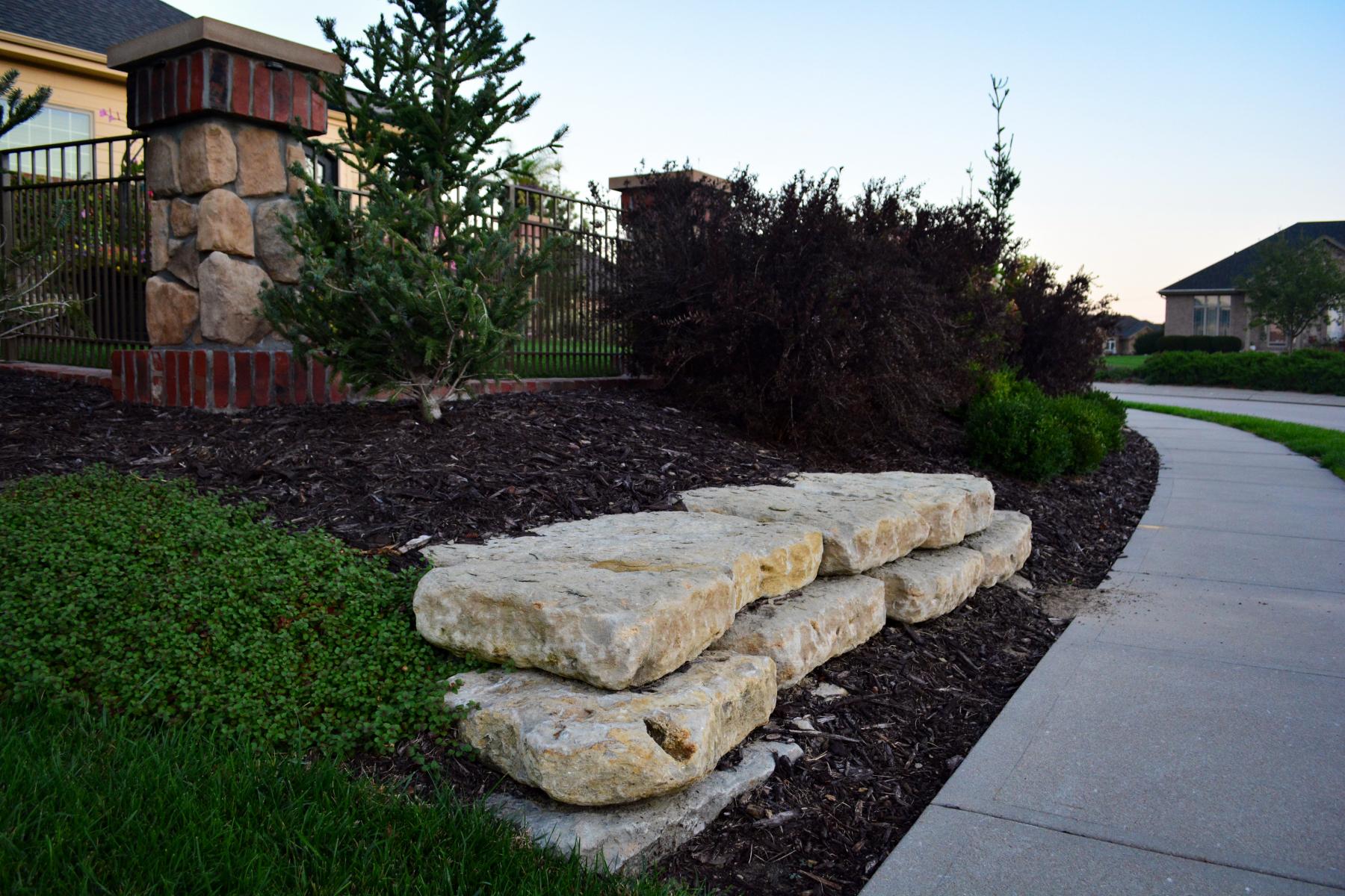 Natural-Stone-Wall